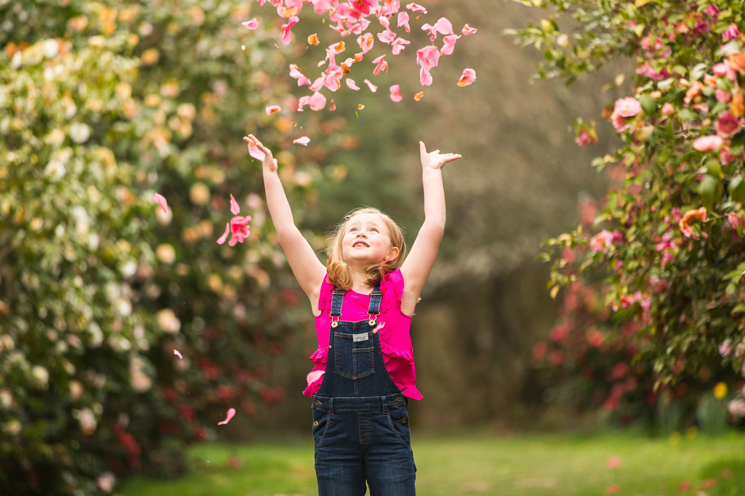 Hilliers photography - girl throwing petals