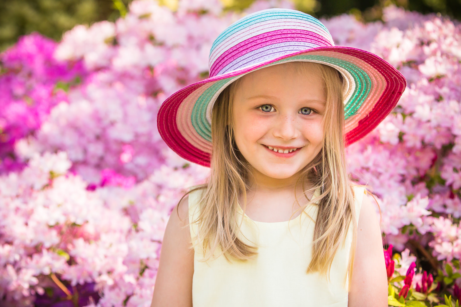 young girl in front of the bloosom during Hilliers photoshoot