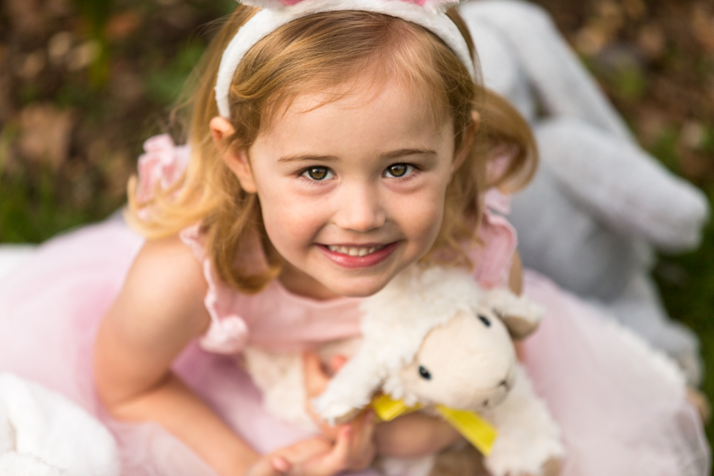 Easter bunny photo shoot in chandlers ford